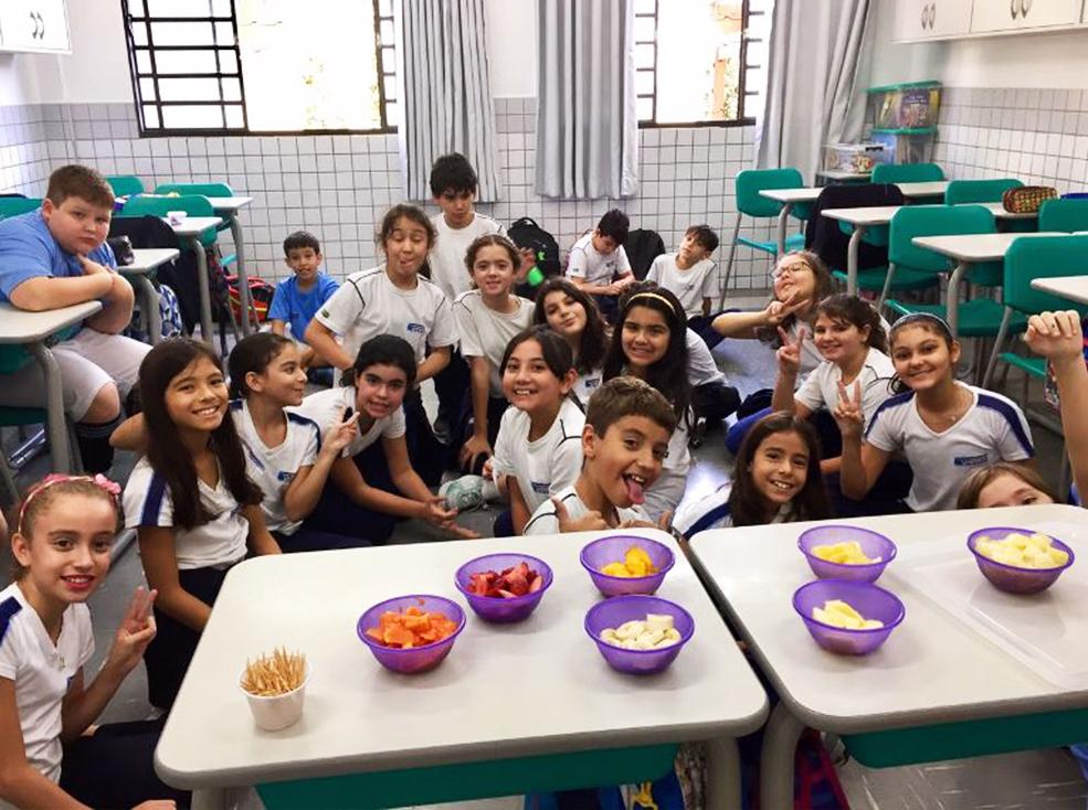 Atividade de Espanhol -  ¡Adivina! ¿qué fruta es?