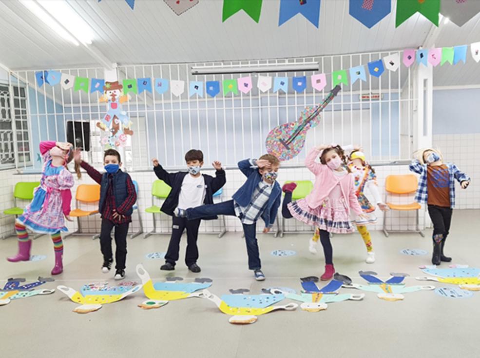 Dança Junina Educação Infantil - Unidade Alexandria