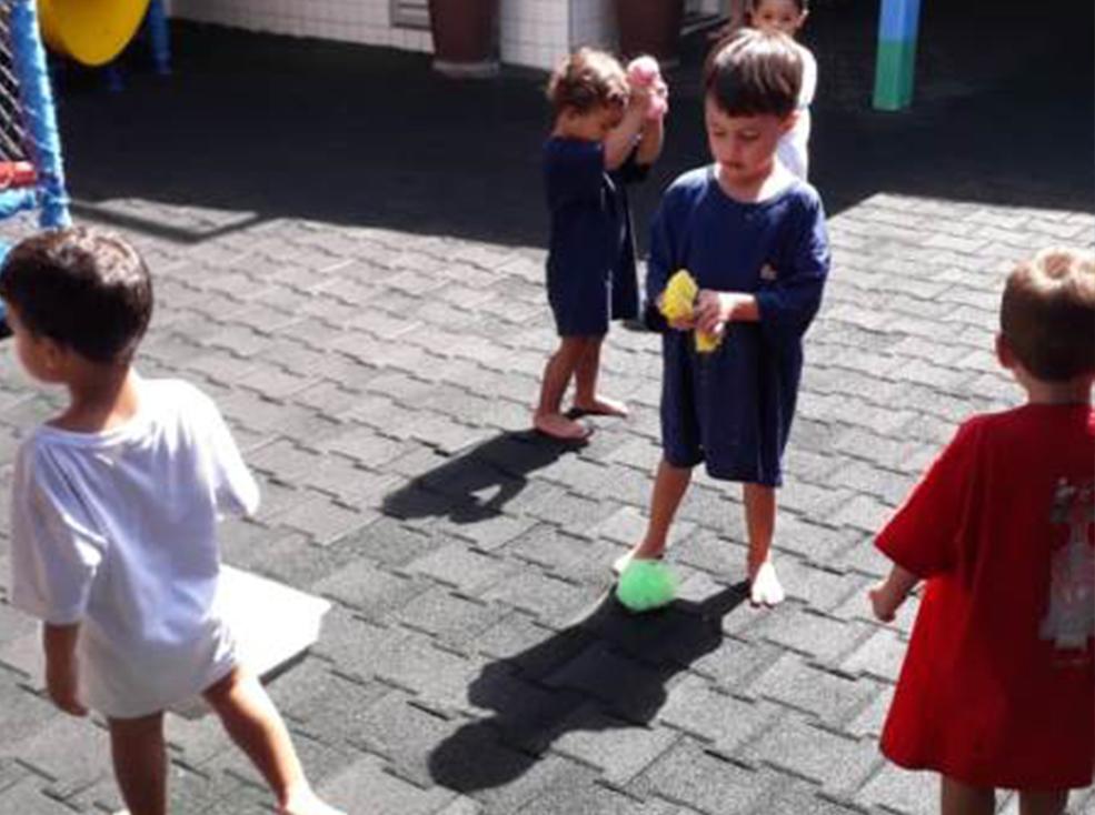Brincando e trabalhando a Coordenação Motora - Infantil 1 A e Infantil 2 A