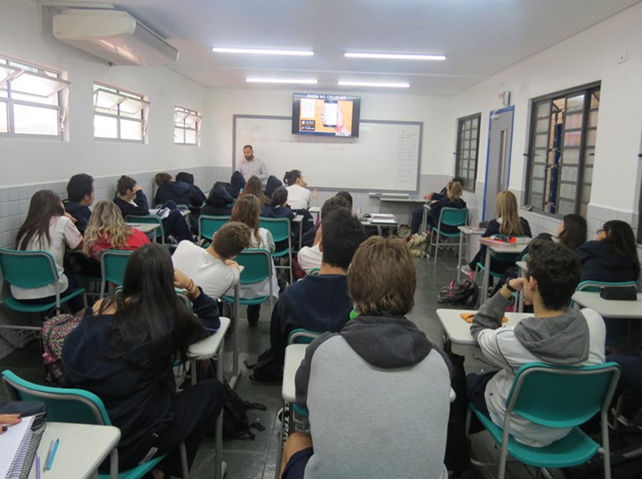 2017.08.15 Palestra sobre o Enem - 3º ano  do Ensino Médio